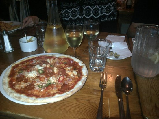 Simply Italian: An excellent pizza
