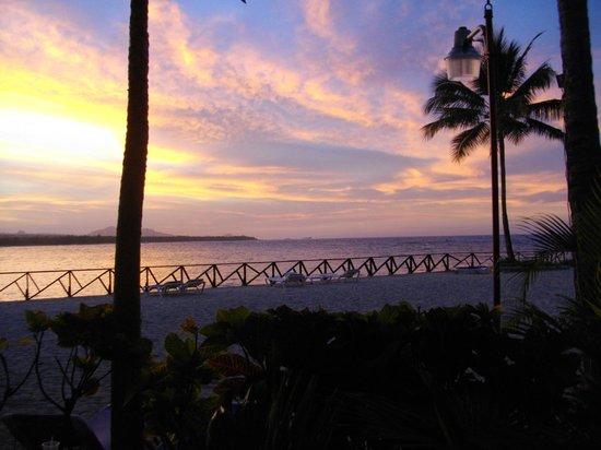 Grand Paradise Playa Dorada : Vue du restaurant à la carte Edens