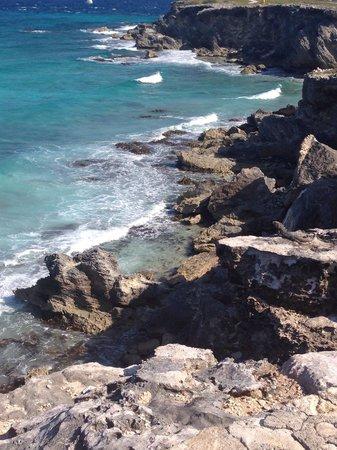 Punta Sur: Cliffs