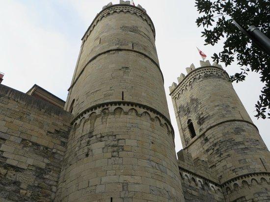 Torri di Porta Soprana: Porta Soprana towers