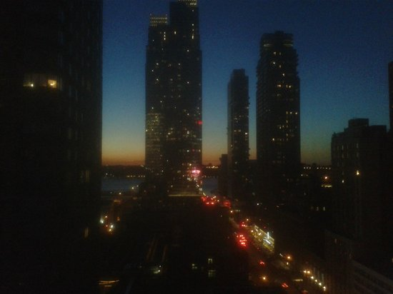 YOTEL New York at Times Square West: Sunset view