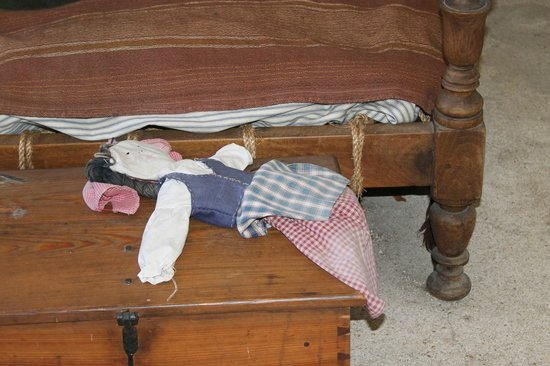 Colonial Quarter: Doll inside of the house