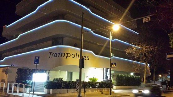 Trampolines Suite Hotel : l entrata