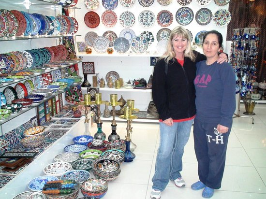 Moon Light Souvenir Silver Shop: Wendy with Julia in Moon Light's new section