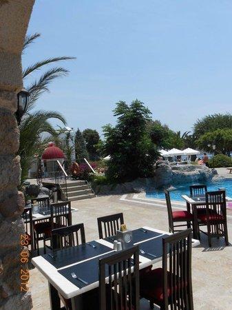 Royal Asarlik Beach : piscine