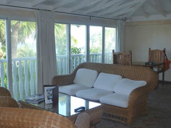 Hotel Manapany Cottages & Spa: Living room