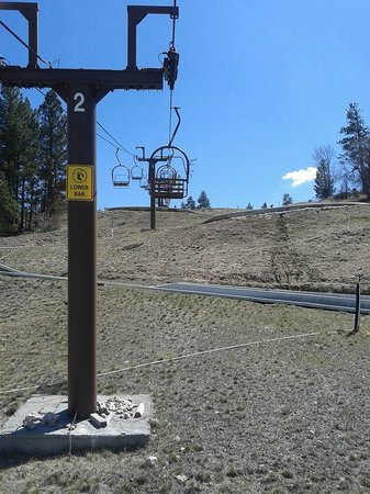 Alpine Slide at Magic Mountain: Lift to the top