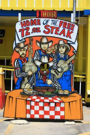 Big Texan Steak Ranch : For the Food!