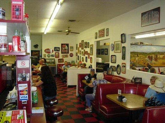 Marlene & Glen's Diner: The  sit-down bar and booth area at Marlene and Glen's Diner