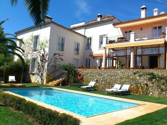 Hotel La Fuente De La Higuera: desde la piscina