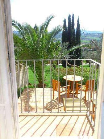 Hotel La Fuente De La Higuera: terraza privada de la suite