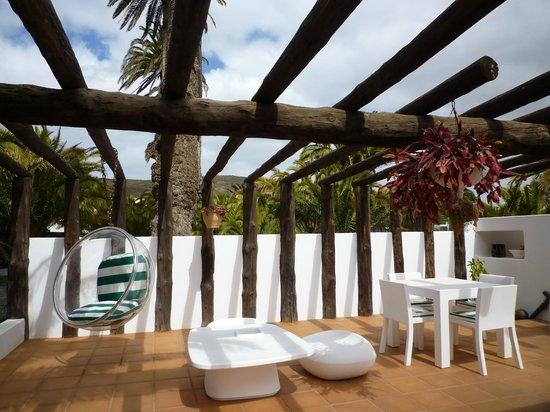Casa / Museo Cesar Manrique : pool bar