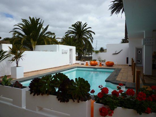 Museum guide for lanzarote travel guide on tripadvisor - Casa museo cesar manrique ...