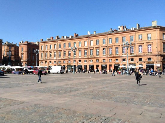 Toulouse Guided Walks: Toulouse square