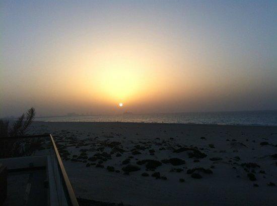 Park Hyatt Abu Dhabi Hotel & Villas : Sunset from the balcony