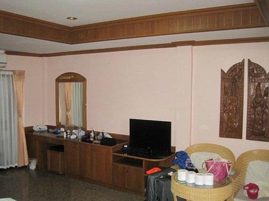 Royal Prince Residence: Room