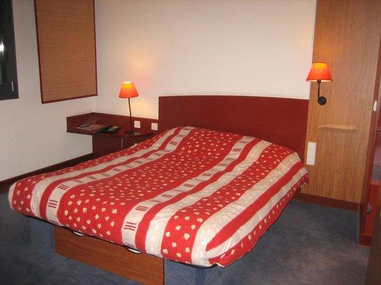 Novotel Suites Berlin City Potsdamer Platz : Doppelbett