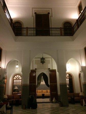 Riad Layali Fes: Vista interna del Riad
