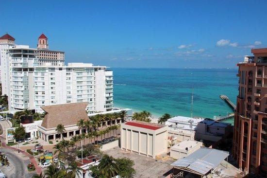 Aloft Cancun: Aloft