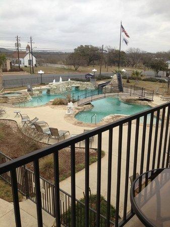 Hampton Inn & Suites Fredericksburg: Pool and Hot Tub