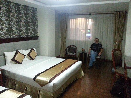 Signature Saigon Hotel : Wnętrze pokoju