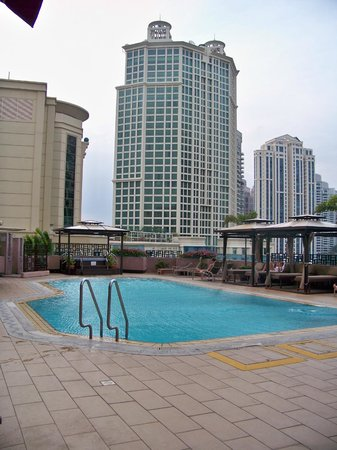 Riverview Hotel Singapore : Hotel swimming pool