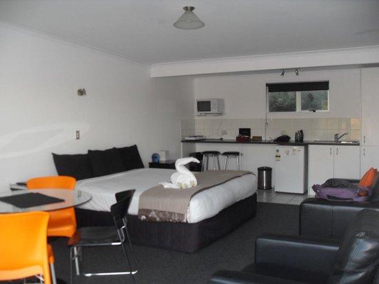 Mokau Motels: Room #7 VERY NICE!!