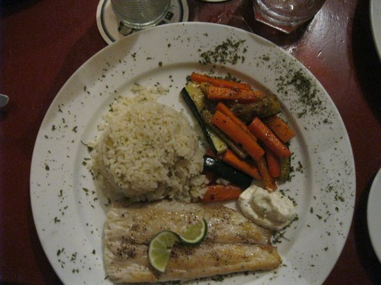 Coconut Reef Caribbean Trattoria: Fresh fish of the day