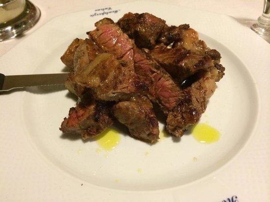 Cantina Romoletto: Tagliata di manzo con glassa di aceto balsamico