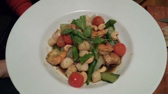 Humphrey's: Seafood Stir Fry