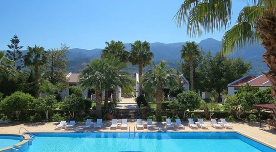 Almond Holiday Village: Pool and gardens