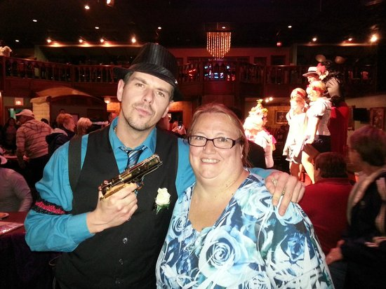Capone's Dinner and Show: our watier and me