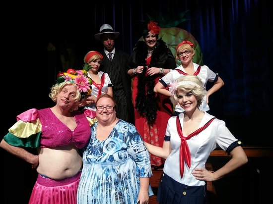 Capone's Dinner and Show: me and the girls