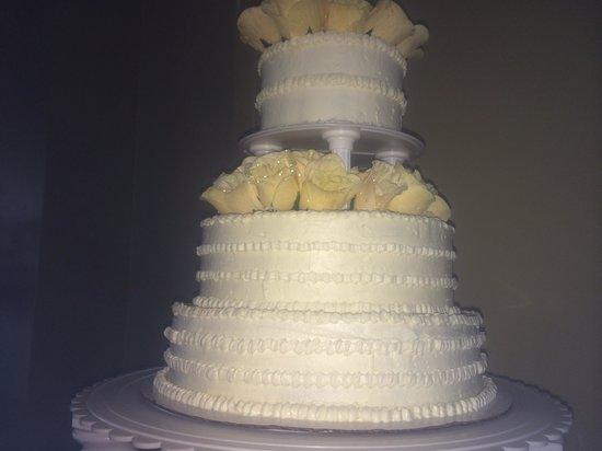 Sassy Cakes: Beautiful wedding cake!