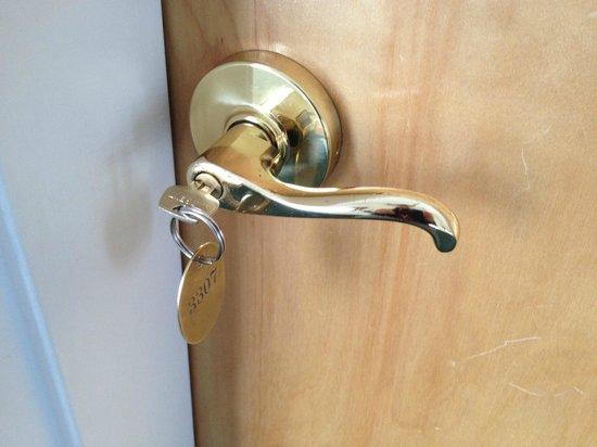 Smithfield Station : Old style key lock