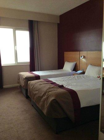 Jurys Inn London Watford: Double and Single room