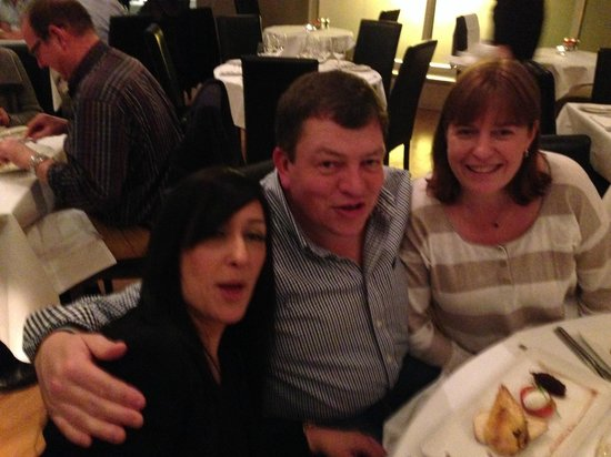 Sofitel London Gatwick: Enjoying our meal at the Brasserie in the Sofitel, Gatwick