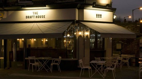 The draft house londres clapham battersea for Appart hotel pas cher londres