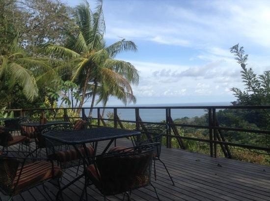 Lapa Rios Ecolodge Osa Peninsula: restaurant deck
