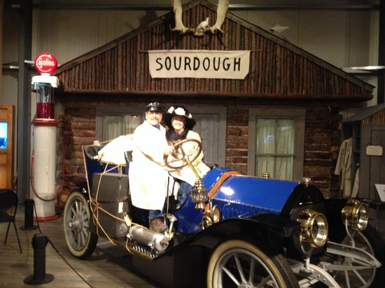 Fountainhead Antique Auto Museum: History