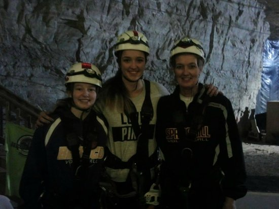 Louisville Mega Cavern : Getting ready to hit the Bunny Zip....