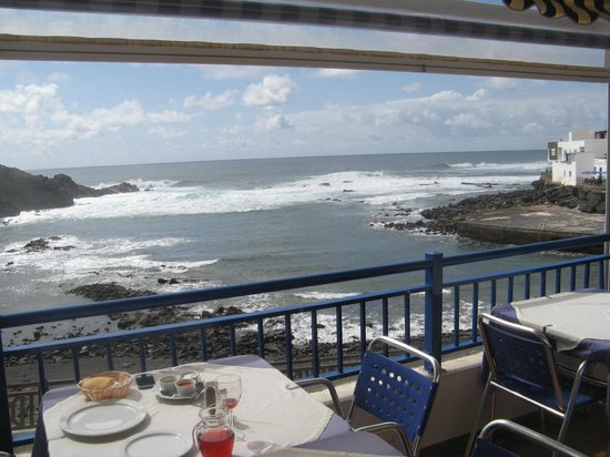 Restaurante El Mirador: The view from the balcony of El Mirador.
