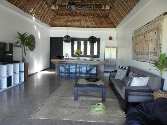Paradise Cove Resort : Kitchen/Lounge area of 2 brm Villa across from Main resort.