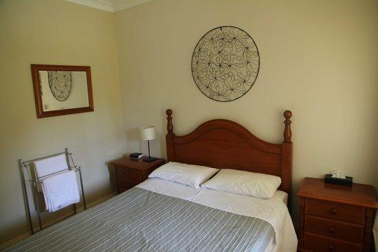 Possum's Retreat: Bedroom