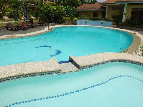 Turtle Bay Dive Resort : la piscina