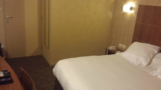 Quality Hotel Clermont Kennedy: Chambre