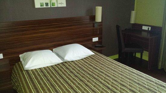 Hotel Le Montloire : Chambre