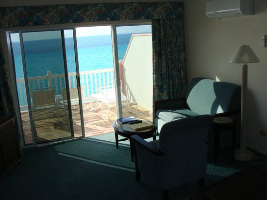Pompano Beach Club: inside room