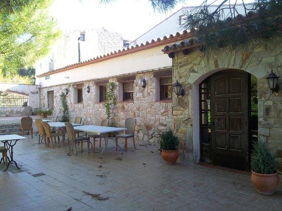 Hotel Rural Els Pins De Prenafeta : Terraza