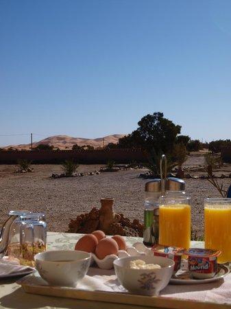 Ksar Bicha: Point de vue de la terrasse où l'on prend le petit déjeuner